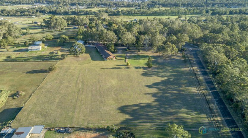 Oakville vineyard buy land development